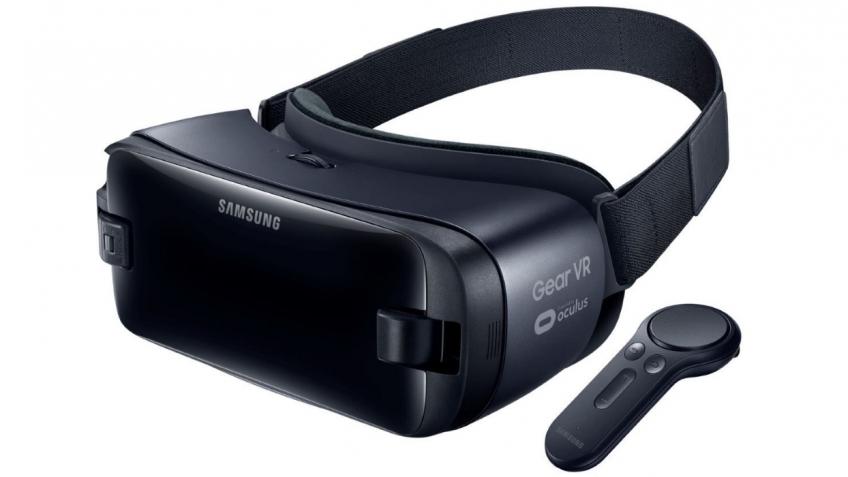 MWC 2017: Самсунг представила шлем виртуальной реальности GearVR сбеспроводным контроллером