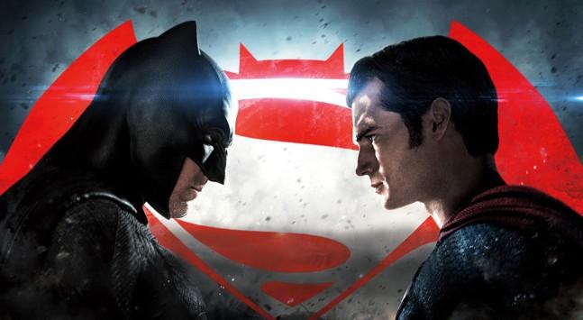 Почему Бэтмен круче Супермена