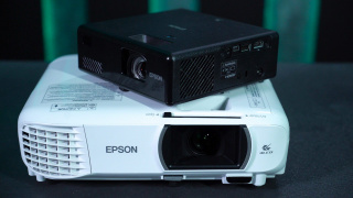 Большой тест проекторов: ищем идеальные 100 дюймов для игр. Часть2. Лампа или лазер?
