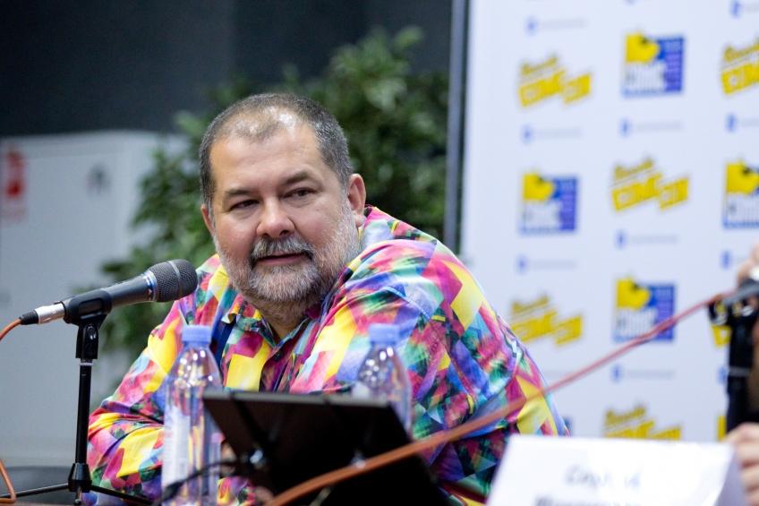 Comic Con Russia: Джеки Чан vs. Шварценеггер, «Война бесконечности» и «Zомбоящик»