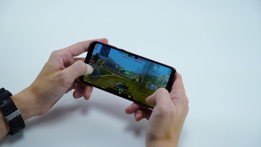 Флагман за23 тысячи. Тестируем игровой смартфон Honor Play