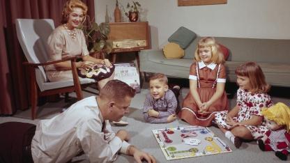 9 самых странных настольных игр. Про вредные привычки, смертную казнь и «сорок кошек»