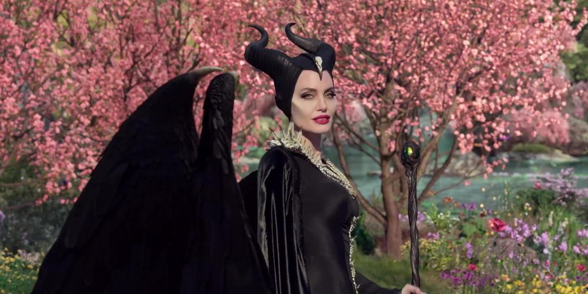 Обзор фильма «Малефисента. Владычица тьмы». Сказка, которую можно пропустить