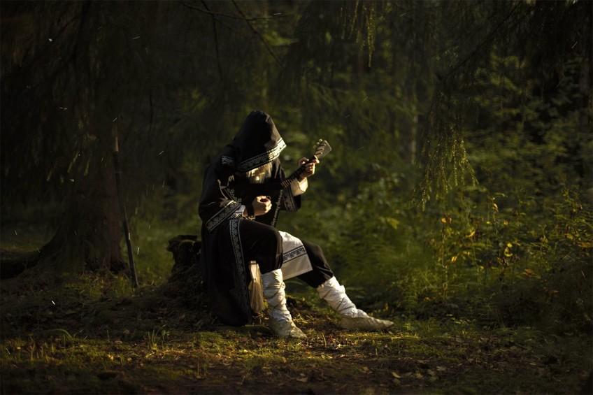 Косплей недели: NieR: Automata, Нейромонах Феофан, «Игра престолов»
