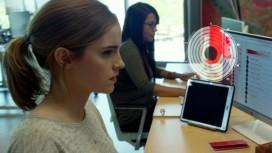 Обзор фильма «Сфера». Сферический контент в пользовательском вакууме