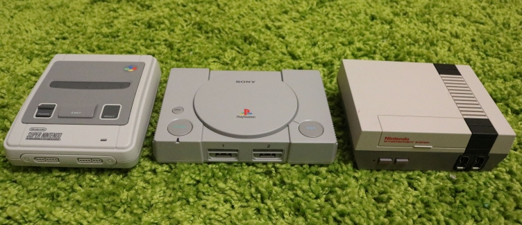 Обзор Sony PlayStation Classic. Неоднозначная классика