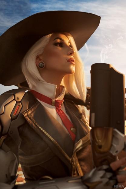 Косплей недели: Overwatch, Onmyoji, «Чип и Дейл», Fortnite, Cyberpunk 2077