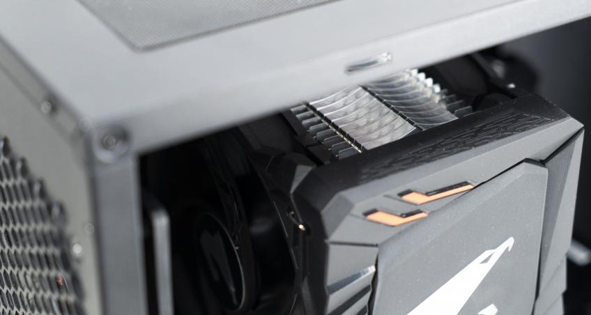 Безумный компьютер на Gigabyte, или Такое вам не собрать!