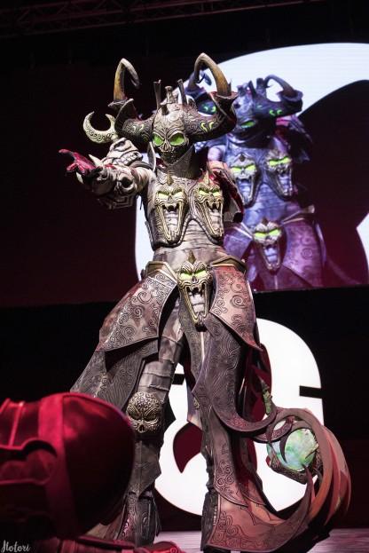 Mortal Kombat 9, StarCraft II, Лара Крофт и Бамблби. Косплей со «Старкона»
