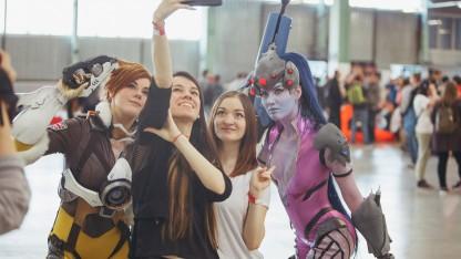 Фоторепортаж со «Стримфеста-2017»: блогеры, игры и косплей