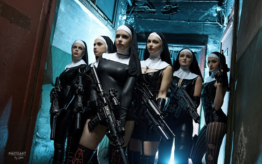 Косплей недели: Overwatch, Death Stranding, Dragon Age, Hitman, DMC, Cyberpunk 2077