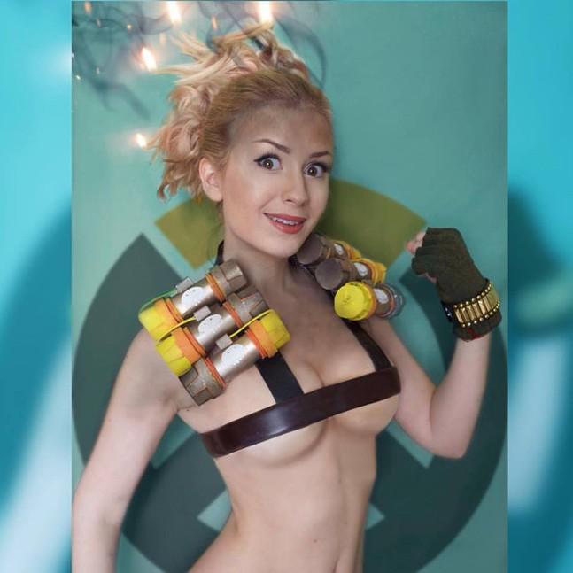 Самый сексуальный косплей Overwatch: герои