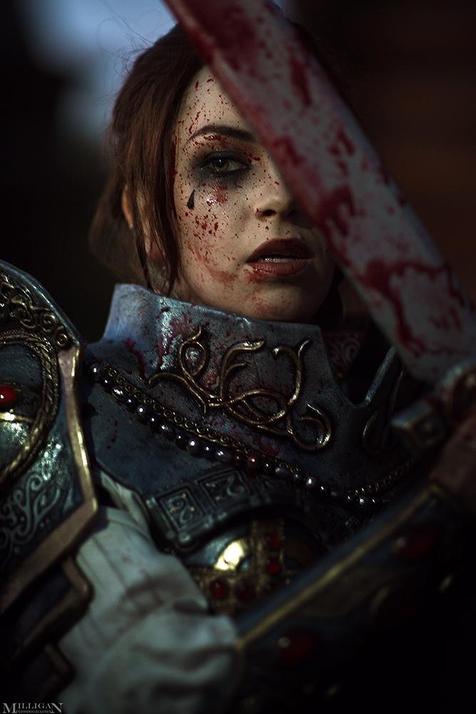 Косплей недели: Сказки Старой Руси, Mass Effect, Sonic, Assassin's Creed, Resident Evil, Hearthstone