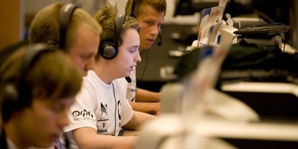 История Fnatic. Часть третья (2009–2012)
