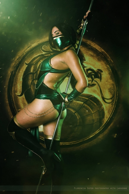 Лучший косплей по Mortal Kombat. Смертельно красивая битва!