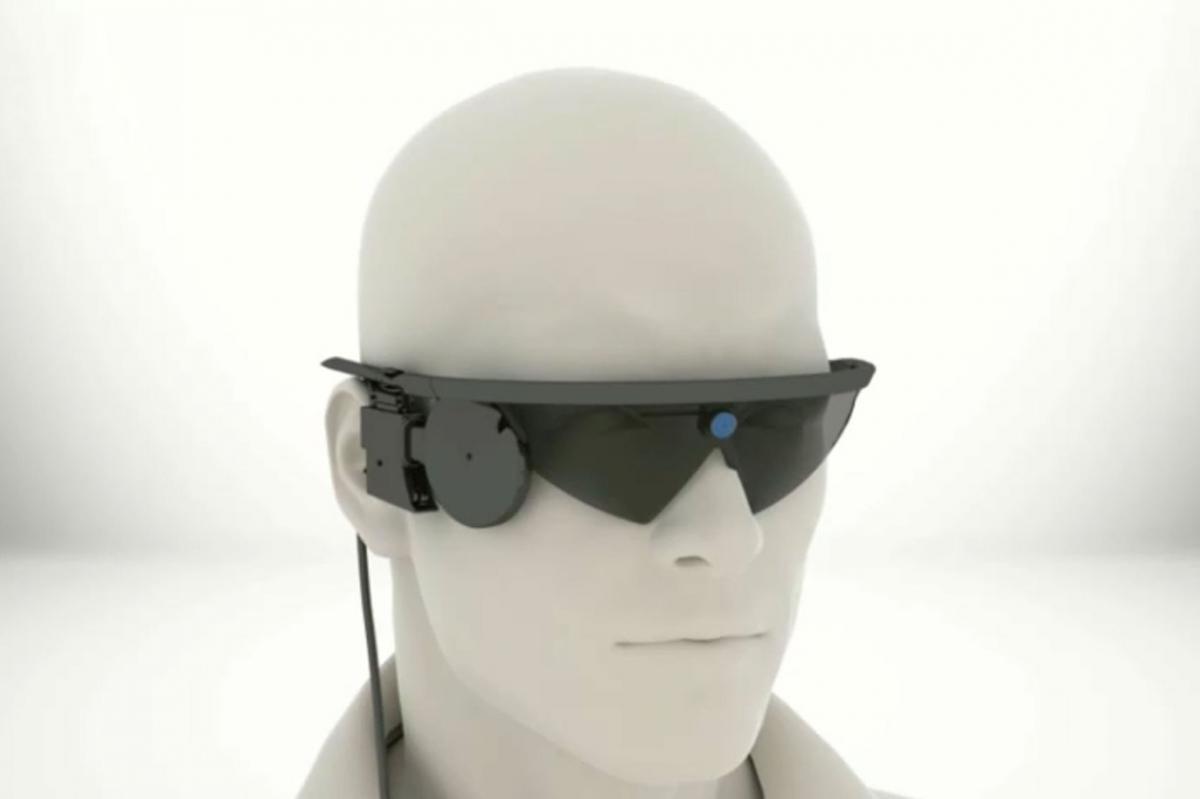 Российские врачи вживили слепому пациенту киберсетчатку