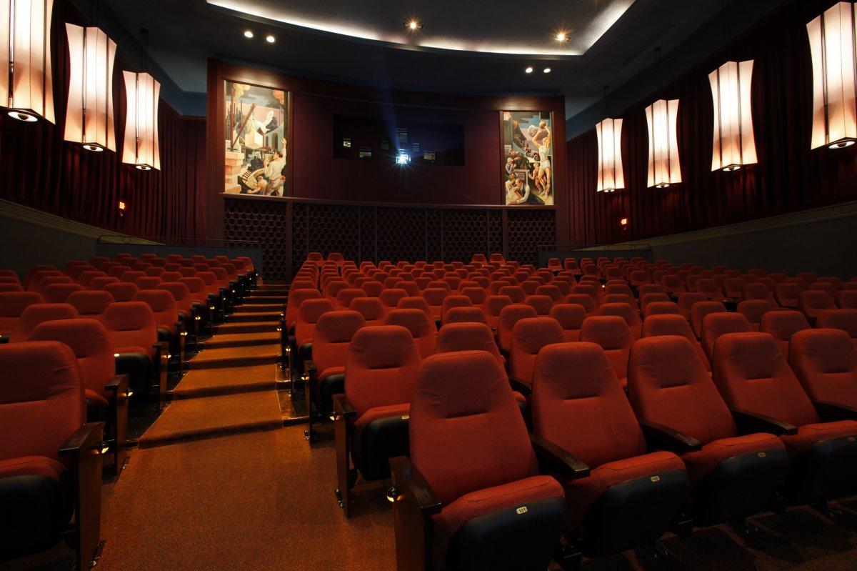 Кинотеатры Италии откроют свои двери уже 15 июня