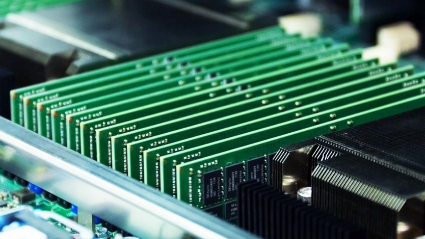 Kingston запускает продажи памяти DDR4-3200 для процессоров AMD EPYC второго поколения