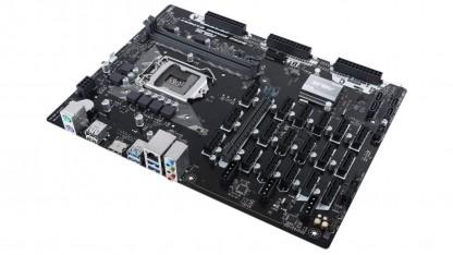 Системная плата ASUS B250 Mining Expert получила 19 слотов PCIe