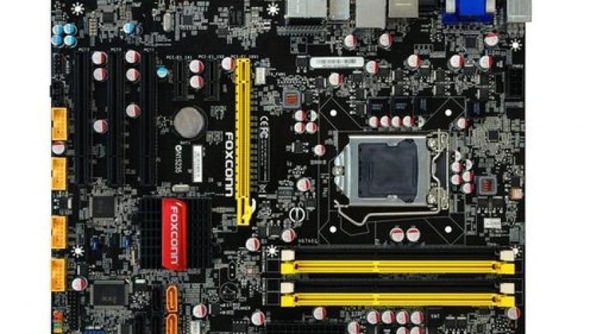 Две материнки Foxconn для Intel Sandy Bridge