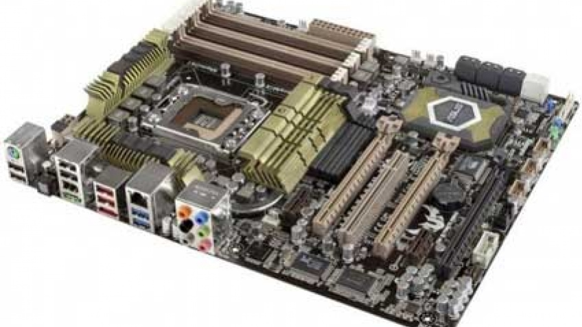 Продвинутая материнская плата ASUS на основе Intel X58