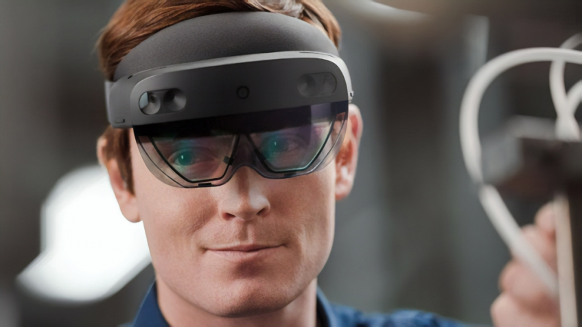 Microsoft представила шлем HoloLens2 Development Edition