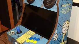 Энтузиасты соорудили игровой автомат, стилизованный под Fallout