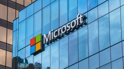 Microsoft2 октября может показать устройство Surface с двумя экранами