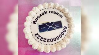 Покупатель год прождал GeForce RTX 3080 — в итоге помог торт