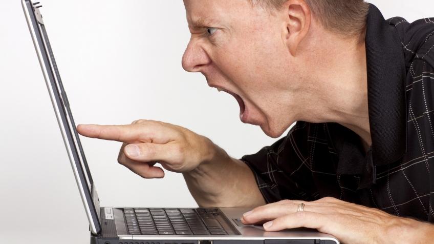 Исследование: россияне на 20% чаще сталкиваются с оскорблениями в интернете