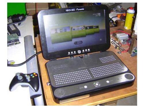 Бен Хек представил Xbox 360 Portable