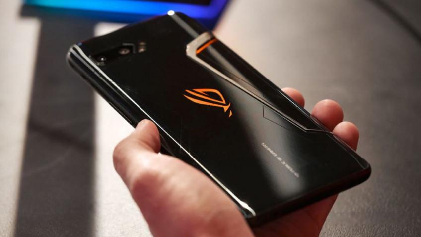 Игровой смартфон ASUS ROG Phone3 представят в июле