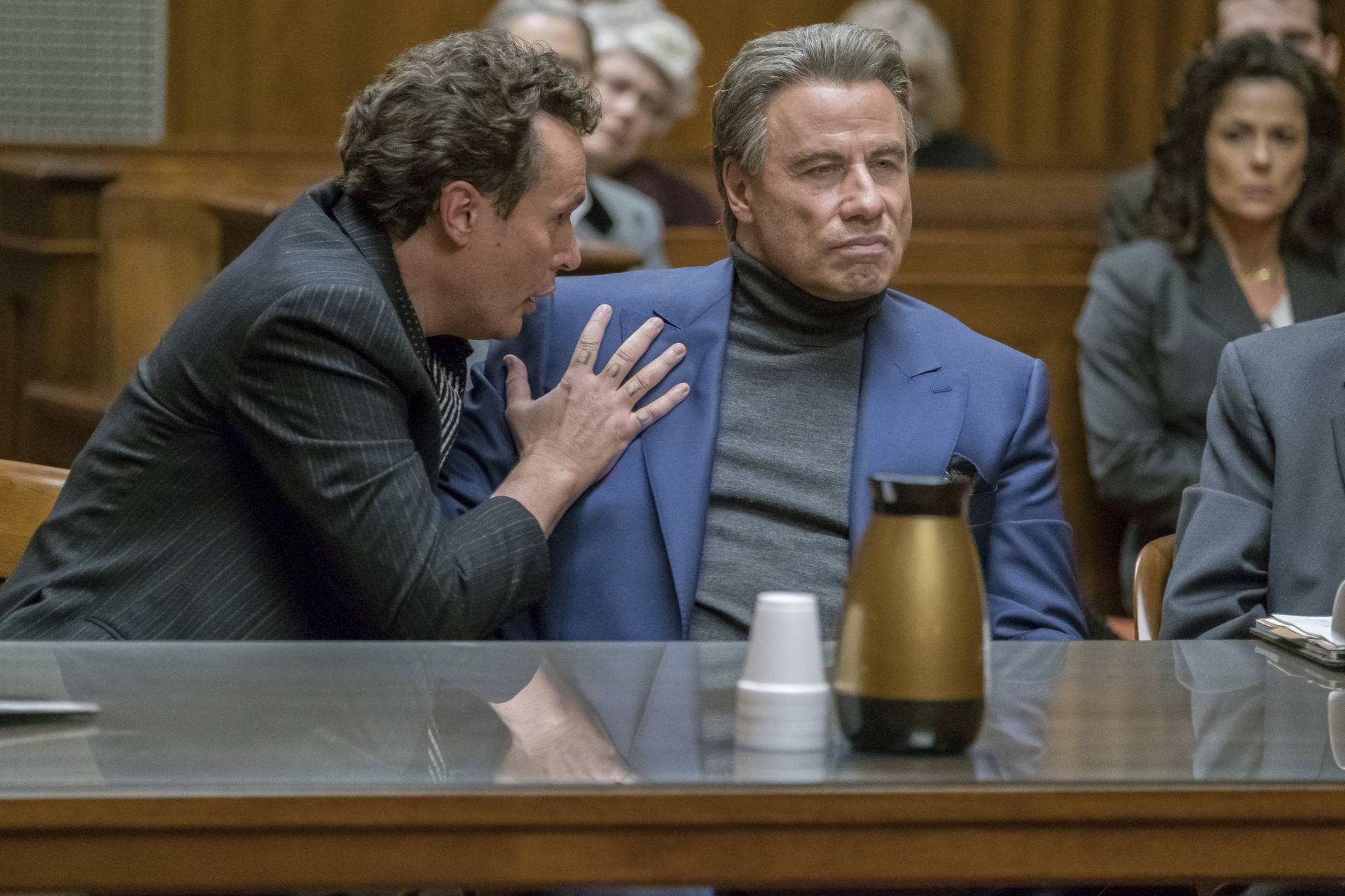 Из-за карантина студии Голливуда могут расторгнуть нежелательные контракты