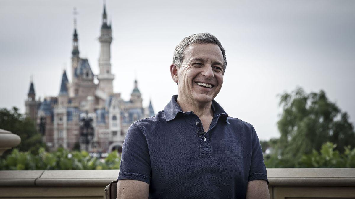 Из-за коронавируса Боб Айгер отказался от зарплаты, а главе Disney её урежут на 50%