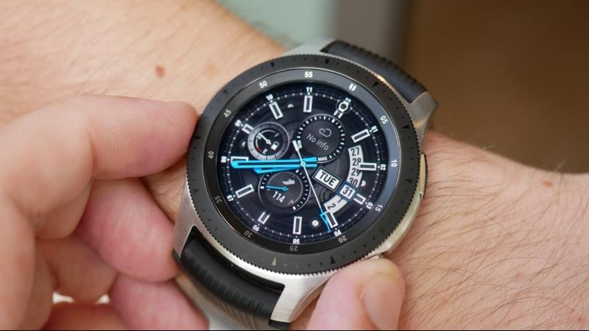 Samsung представила новые смарт-часы Galaxy Watch с мощной батареей ... d5f17d7114c77