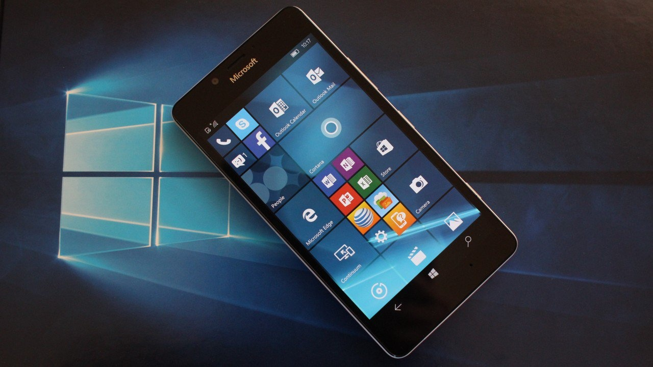 С 10 декабря Windows 10 Mobile лишится поддержки