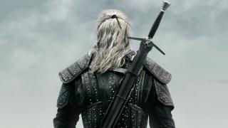 Генри Кавиллу подарят реплику серебряного меча из «Ведьмака 3»