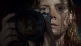 СМИ: Netflix хочет выкупить у Disney фильм Эми Адамс «Женщина в окне»