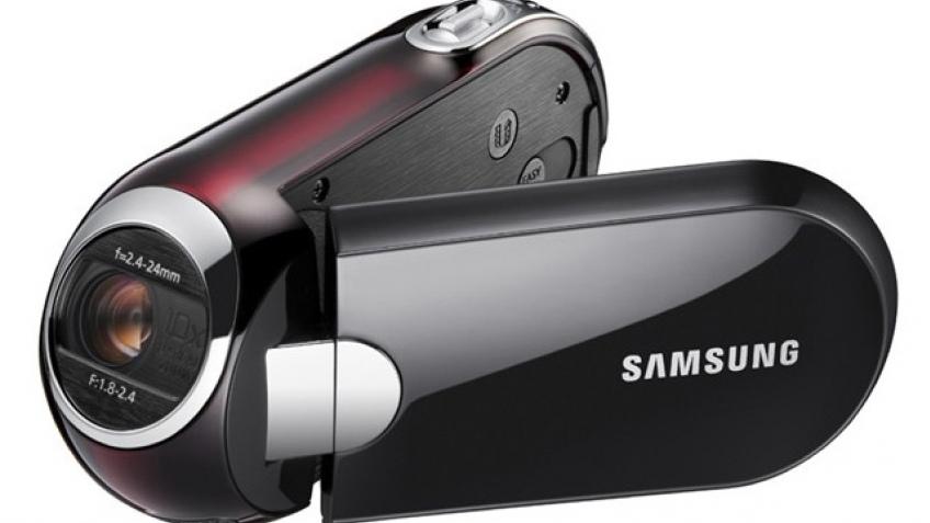Стильная видеокамера Samsung