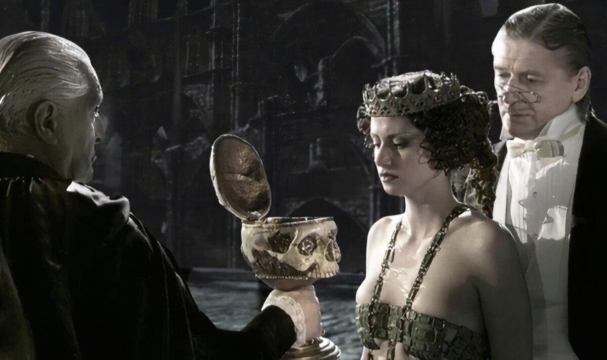 Автор «Серебряных коньков» снимет переосмысление «Мастера и Маргариты»