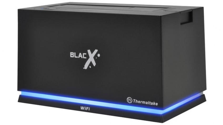 Док-станция Thermaltake BlacX Urban поддерживает Wi-Fi
