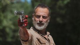 Авторы «Ходячих мертвецов» всё ещё работают над фильмами про Рика Граймса