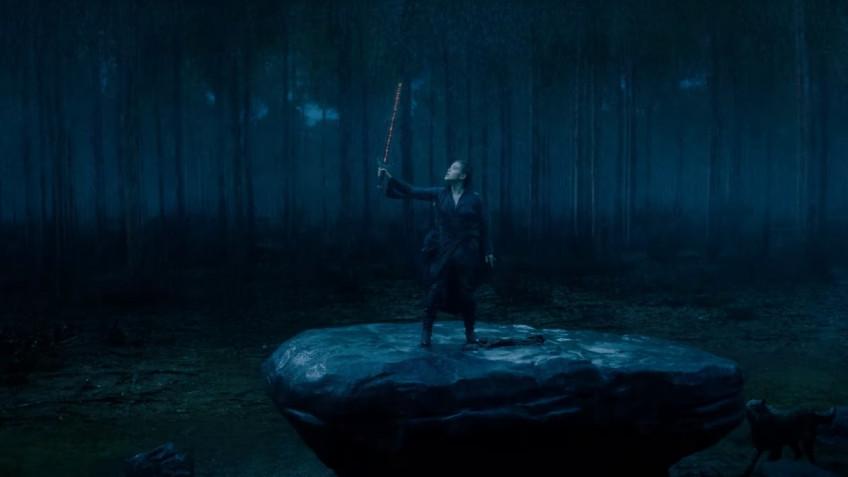 Вышел трейлер сериала «Проклятая» — новой версии истории Короля Артура