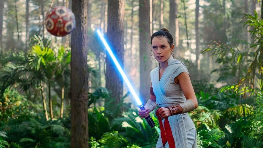 Девятый эпизод «Звёздных войн» стартовал в США хуже предыдущих частей трилогии
