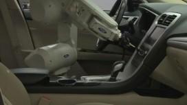 Ford использует робоманипулятор RUTH для проверки качества сборки
