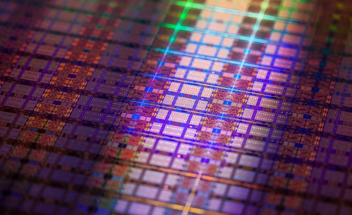 Intel может отдать производство дешёвых процессоров на аутсорс