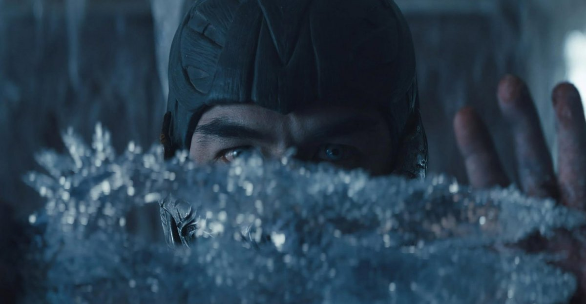 Авторы экранизации Mortal Kombat представили свежие постеры