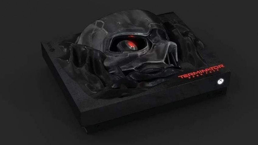 Представлена Xbox One X с черепом Терминатора