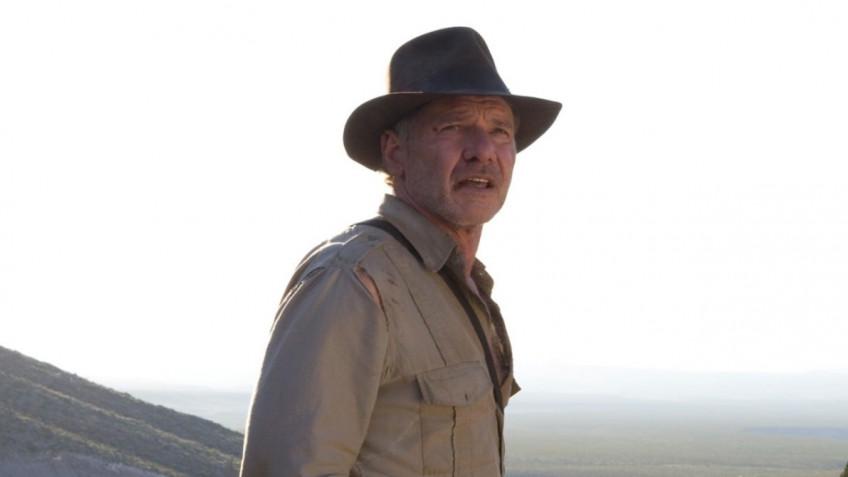 Харрисон Форд снова в шляпе на первых фото со съёмок «Индианы Джонса 5»