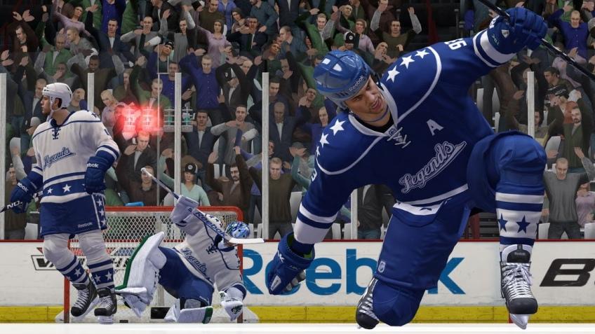 NHL13 продается лучше предшественницы